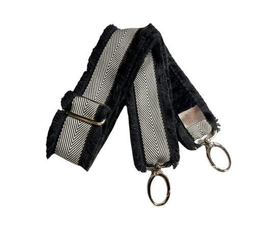 Mini arrow bag strap